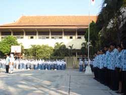 upacara-17-agustus-2009